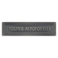 AGRAFE TROUPES AEROPORTEES