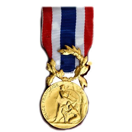 MEDAILLE D HONNEUR DE LA POLICE OR 35 ANS bronze dore