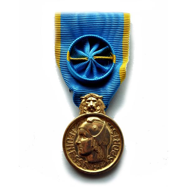 Médaille Jeunesse, des Sports et l'Engagement Associatif OR