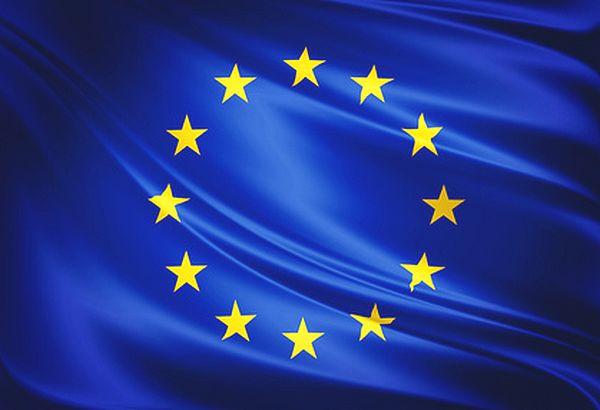 Pavillon EUROPE pour mat sangle et 2 anneaux